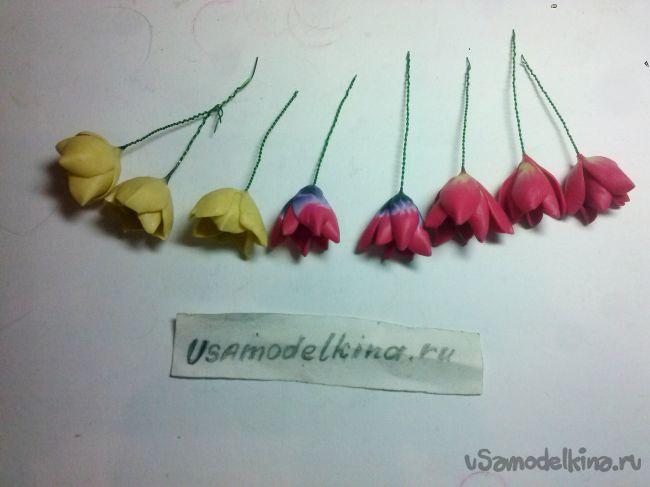 Браслет с тюльпанами из полимерной глины