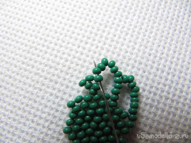Сочный браслет из бисера «Весенняя листва»