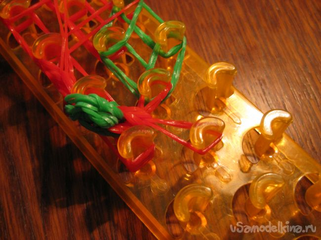 Носочек из силиконовых резинок