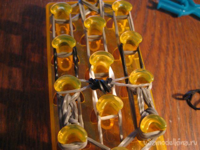 Енот из силиконовых резинок