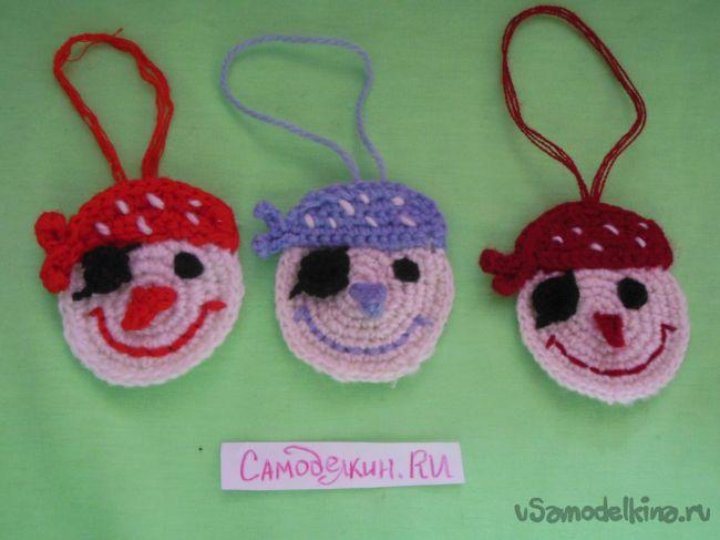 Снеговики на праздничную ёлку (пиратская версия)