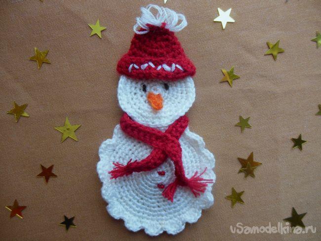 Вязаная аппликация «Снеговик»