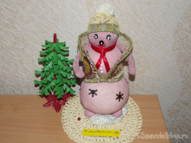 Снеговик из детских колготок