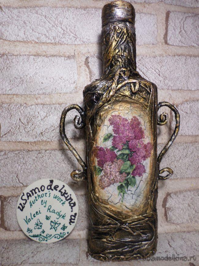 Декоративная бутылочка с объёмными розами и кракелюром на ПВА