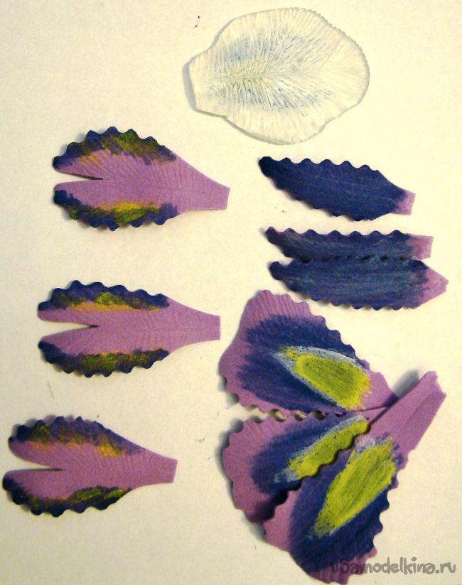 Фиолетовые ирисы из фоамирана